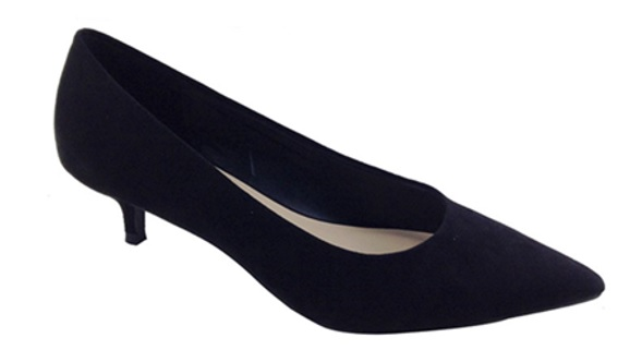 """Schwarzer Damenschuh """"Wide Fit Kitten Heel Court Shoe"""" Seriennummer 06689"""